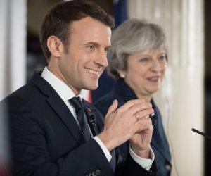 سر طلب ماكرون الحوار مع «السترات الصفراء».. هل يكرر خطيئة لويس السادس عشر؟