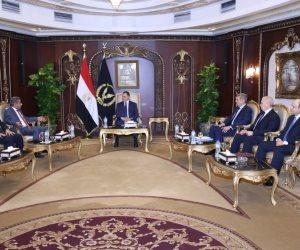 وزير الداخلية يستقبل أمين عام مجلس وزراء الداخلية العرب لمناقشة التعاون الأمني العربي