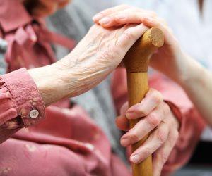 للتعامل مع الموجة الحارة.. 6 نصائح لكبار السن لا تفوتك
