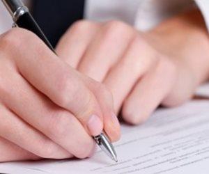 قانوني يجيب عن الأسئلة الشائكة: هل يمتد عقد الإيجار في القانون؟