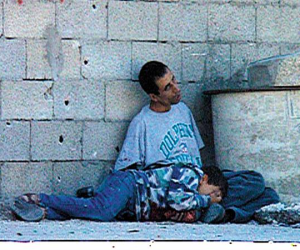 ذكرى أيقونة انتفاضة الأقصى.. قصة استشهاد محمد الدرة في لقطات (فيديو)