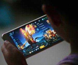 الألعاب الإلكترونية.. إدمان للممارس وشركات تربح مليارات الدولارات