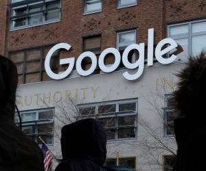 مساعد جوجل الذكى يغنيك عن حمل هاتفك أثناء القيادة.. تعرف عليه