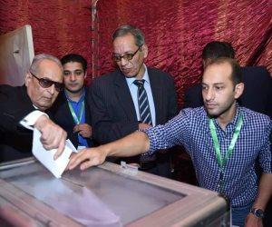 """اشتباكات بالأيدي داخل انتخابات حزب الوفد.. وأبو شقة يحسم """"خناقة الصناديق"""""""