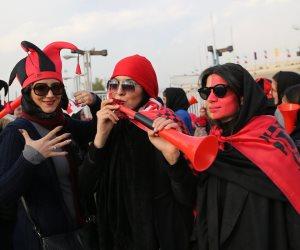 بعد 40 عاما من الغياب.. المرأة الإيرانية «تبهج» المدرجات الرياضية: هل تستمر؟
