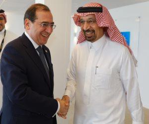 فرص استثمارية واعدة في صناعة البترول.. تفاصيل لقاءات طارق الملا مع الشركات العالمية بمصر