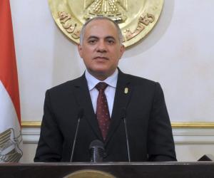 """وزير الري يشكك في أمان سد النهضة: """"طلبنا التصميمات ولم تأت إلينا"""""""