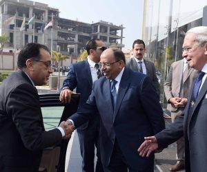 وزير التنمية المحلية للمحافظين: «الرئيس السيسي سيجتمع بكم لمناقشة المشروعات المتعثرة»