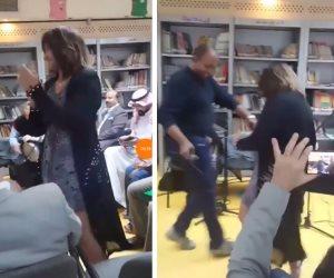 دينا أنور ترقص بمكتبة مصر الجديدة: «أحلى من الشرف مفيش مبقيتش تجيب همها» (صور وفيديو)