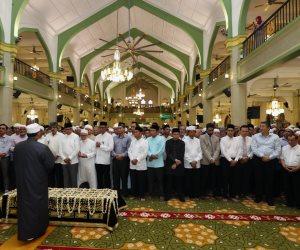 «البحوث الإسلامية» تكشف: ما حكم لو زاد الإمام في تكبيرات الجنازة عن الأربعة؟
