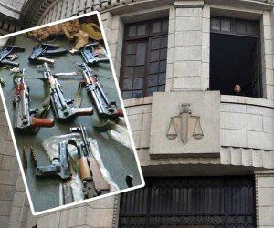 النقض: تواجد الشخص حاملا سلاح نارى للشد من أزر المتهم ليس دليل علي توافر نية القتل (مستند)