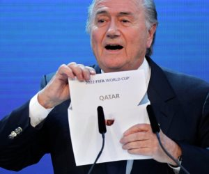فضيحة رشاوى قطر رسمية.. وزارة العدل الأمريكية تثبت تلاحب الدوحة بملف تنظيم كأس العالم