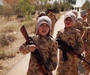 مصير أطفال داعش بعد فقدان آبائهم .. مخابرات الدول تتصارع عليهم وبوتين يحاول إعادتهم