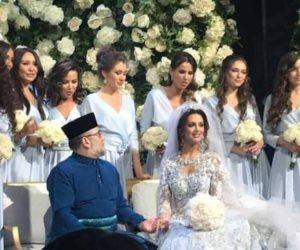 باسم الحب.. هل دفعت ملكة جمال روسيا سلطان ماليزيا للتخلي عن عرشه؟