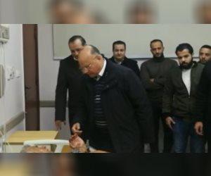 محافظ القاهرة يزور مصابى الشرطة فى انفجار العبوة الناسفة بعزبة الهجانة