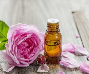 زيت الورد الحل السحري لحماية بشرتك من الجفاف في الشتاء