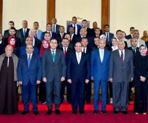 ماذا تتضمن اللقاءات؟.. الرئيس السيسي يبدأ سلسلة اجتماعاته بالمحافظين