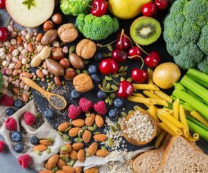6 علامات لا تتجاهلهم.. زيادة «الألياف» تشير إلى احتياجك إلى تعديل نظامك الغذائي