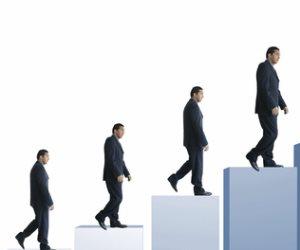 """لكل موظف """"اعرف حقك"""".. «ضم مدة الخدمة السابقة» من شروط التأثير على «الترقيات»"""