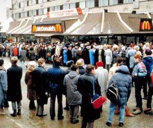 كيف ساهم ساندوتش «ماكدونالدز» في حل الاتحاد السوفيتي سنة 1990؟ (قصة صورة)