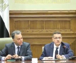 السينما في عيون الحكومة.. وزير النقل يبهر نواب الشعب بالحديث عن يوسف شاهين