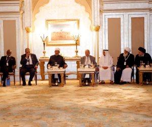 الإمام الأكبر: علينا أن نواجه بشجاعة أصحاب الأفكار المتشددة والانعزالية