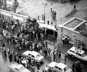 الذكرى الـ 40 للثورة على الشاه.. هكذا سقطت إيران في قبضة الملالي