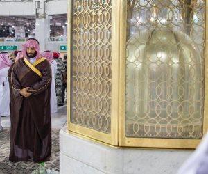 «زيارة الفجر».. لماذا تفقد «بن سلمان» الحرم المكي الشريف؟