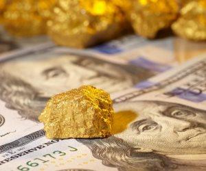الذهب يربح مع هبوط الدولار بفعل آمال تحفيز عقب فوز جو بايدن
