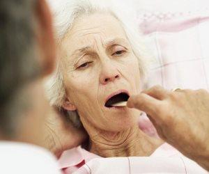 أسنانك فيها مشاكل بعد الـ50.. نصائح ذهبية للحفاظ عليها