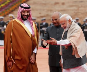 محمد بن سلمان في الهند.. نيودلهي تكسر البروتوكول احتفالا بولى العهد السعودي (صور)
