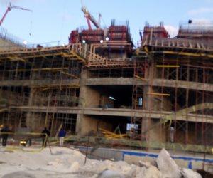 شركة المقاولون العرب تكشف أسباب انهيار جزء من سقف أحد مباني العلمين