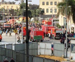 الحماية المدنية تسيطر على حريق قطار رمسيس.. وأنباء عن وجود مصابين