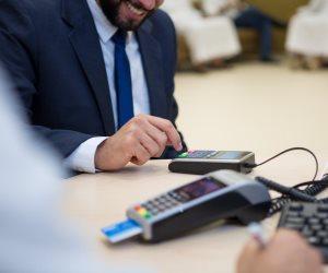 بعد موافقة البرلمان.. كل ما تريد معرفته عن قانون «الدفع غير النقدي»