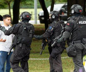 تفاصيل حادث نيوزيلندا الإرهابي.. منفذ الهجوم وثق إطلاق النار على المصلين بدم بارد