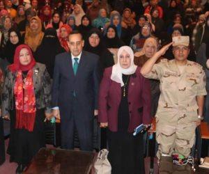 «شوشة» يكرم أم الشهداء باحتفالية المجلس القومي للمرأة بشمال سيناء (صور وفيديو)