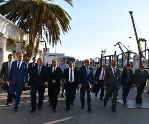 على قدم وساق.. وفد برلماني يطمئن علي تطوير ميناء الاسكندرية لتنشيط الاستثمار  (صور)