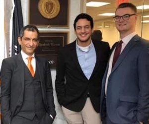مدونون عرب ينتفضون للدفاع عن مصر: خالد أبو النجا وعمرو واكد لا يتسحقون الجنسية المصرية