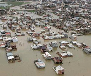 فرنسا تغرق.. الفيضانات تجرف السيارات فى شوارع مدينة كورسيكا (فيديو)