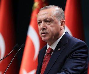 السلطان العثماني يستغل الدين سياسيا.. المزايد أردوغان يركب موجة تصريحات ماكرون