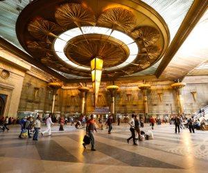 السكة الحديد: توافر كمامات بشبابيك حجز التذاكر في المحطات