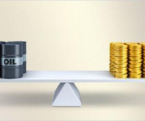 """الدولار والذهب والنفط.. تذبذبات حادة جراء الحرب التجارية والآمل في كلمة """"ترامب"""""""