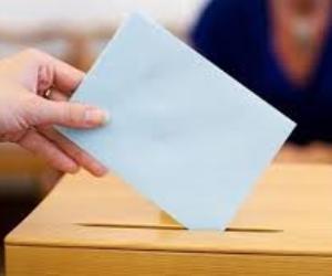 يد تعالج المرضى ويد تصوت لغد أفضل.. مبادرة «القضاء علي فيروس سي» أمام لجنة للإستفتاء (فيديو )
