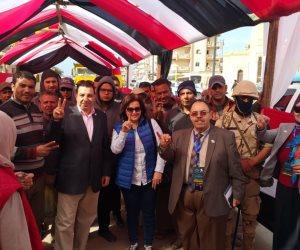 نائب وزير الزراعة تدلي بصوتها في الاستفتاء على التعديلات الدستورية