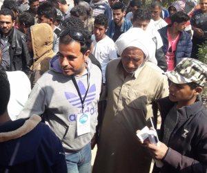 مسيرة لأهالى شمال سيناء المقيمين بالإسماعيلية للمشاركة في الاستفتاء (صور )