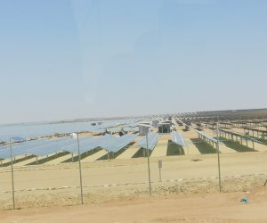 يضخ ٣٧ مليون دولار.. ننشر تفاصيل أكبر تحالف مصري مساهم في مشروع بنبان للطاقة الشمسية