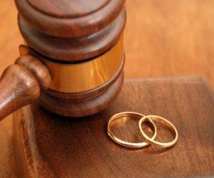 """""""حكاية ياسمين"""".. طلبت الطلاق بسبب رفض حماتها فطام طفلها الوحيد"""