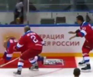 الرئيس الروسي يسقط أرضا في مباراة هوكي بعد تسجيله 8 أهداف