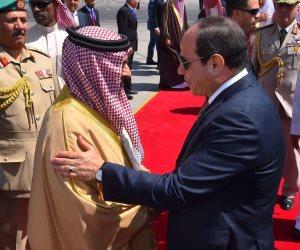 الرئيس السيسي يودع ملك البحرين بمطار القاهرة فى ختام زيارته لمصر (فيديو)