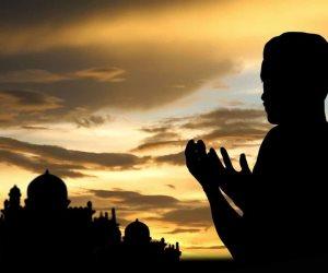 دعاء اليوم السادس من رمضان: اللّهم استُرنا فوق الأرضِ وتحت الأرضِ ويوم العرض عليك